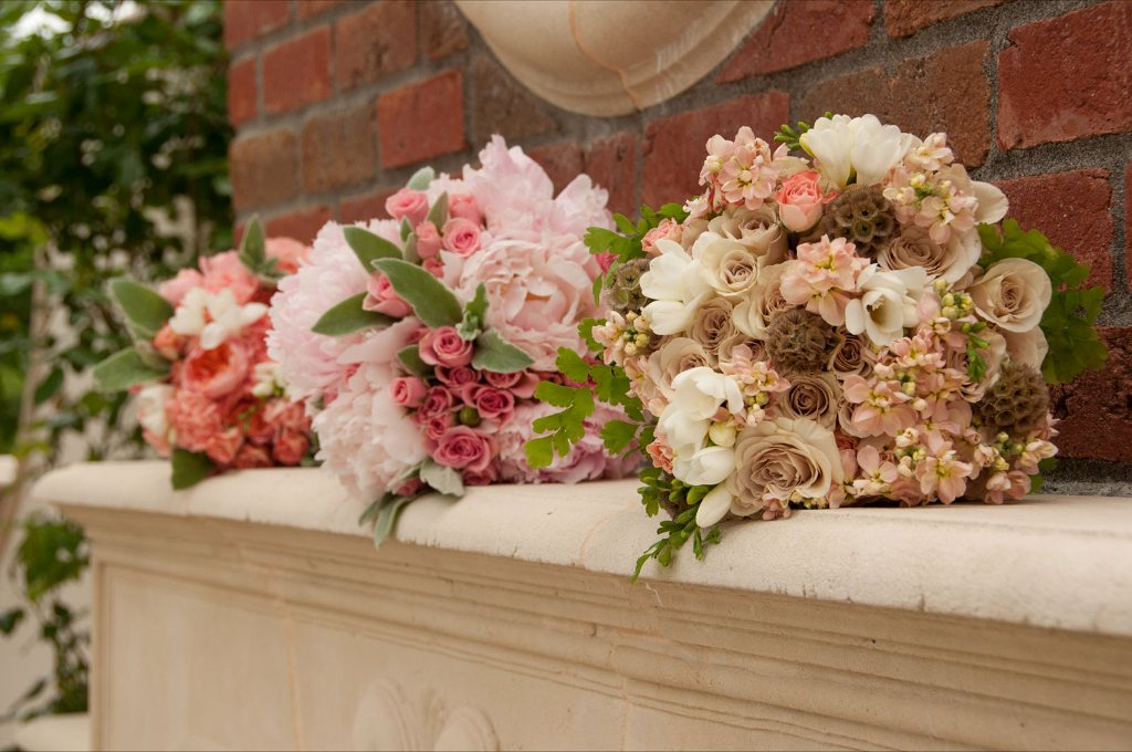 guest blog lora of sophisticated floral design on how to save money on your wedding flowers