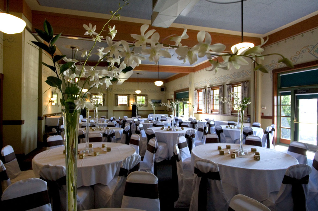 McMenamins Edgefield Oregon Wedding & Event Venue
