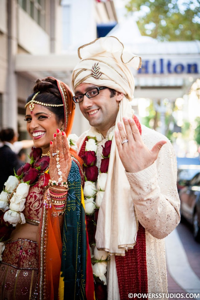 Bhavan-Hilton-Sign-Couple-Traditional-web