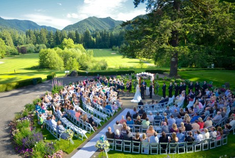 Oregon Reception Site and Wedding Venue Resort at the Mountain