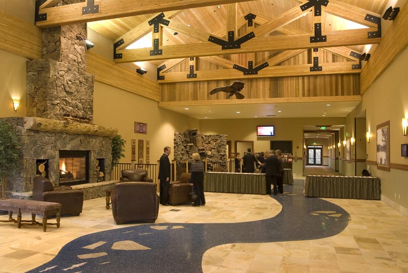 Riverhouse_ConventionCenter_Lobby